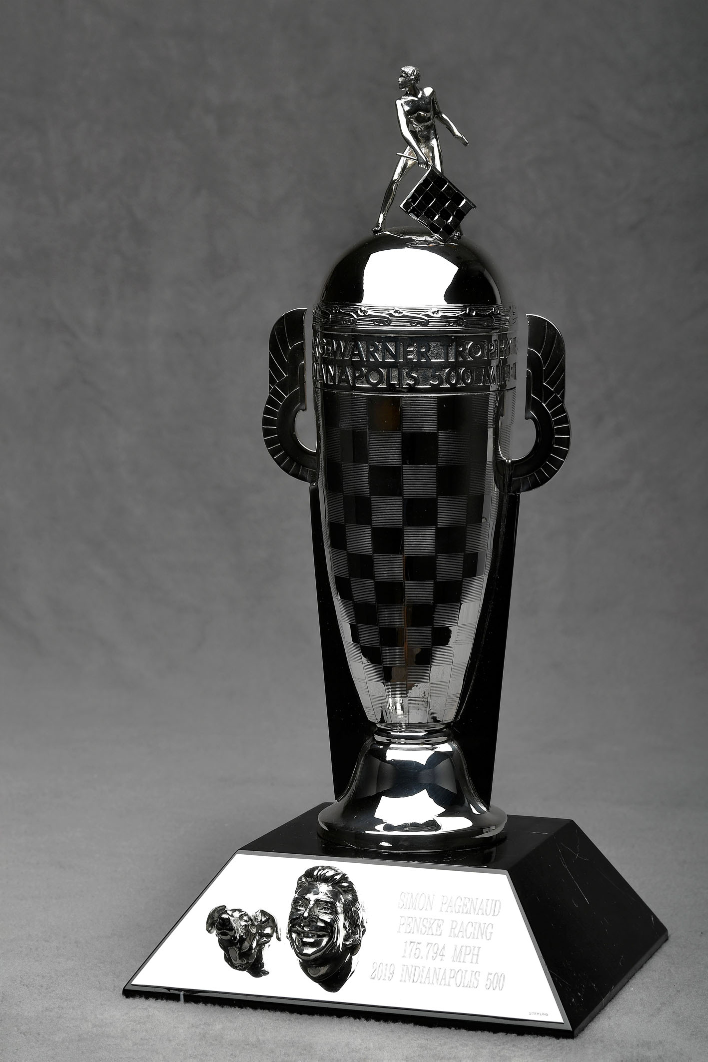 BW-00629 Trophy 1