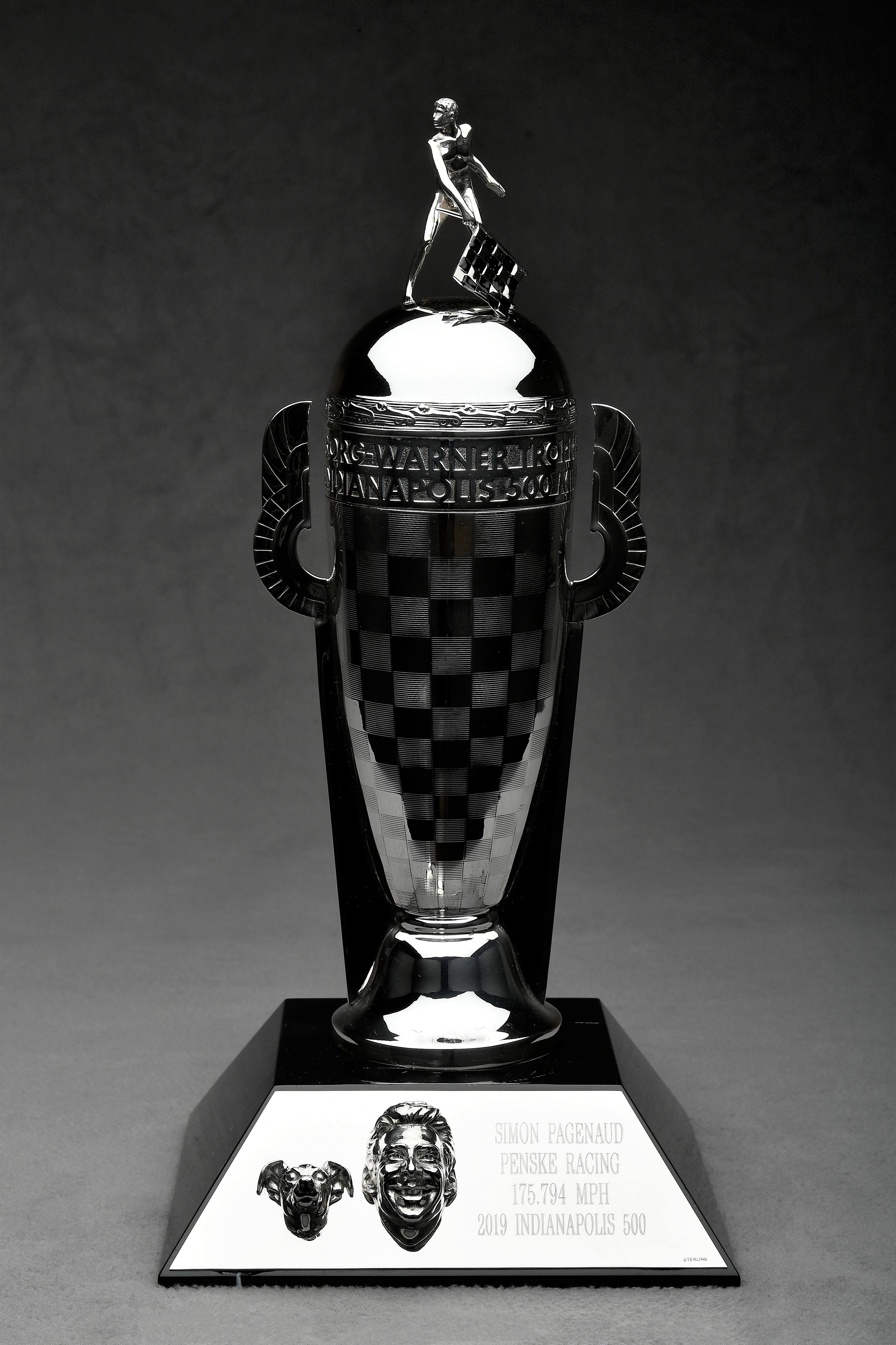 BW-00629 Trophy 3